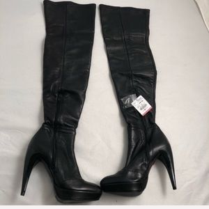 Zara Special Edition high leather platform boot